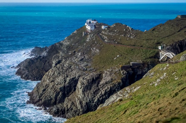 Mizen Head is the most south-westerly point in Ireland. The landscape of this peninsula is one of the most striking we've ever seen.