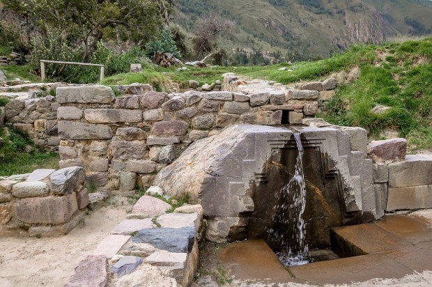 Bath of the Princess fountain at Ollantaytambo, Peru