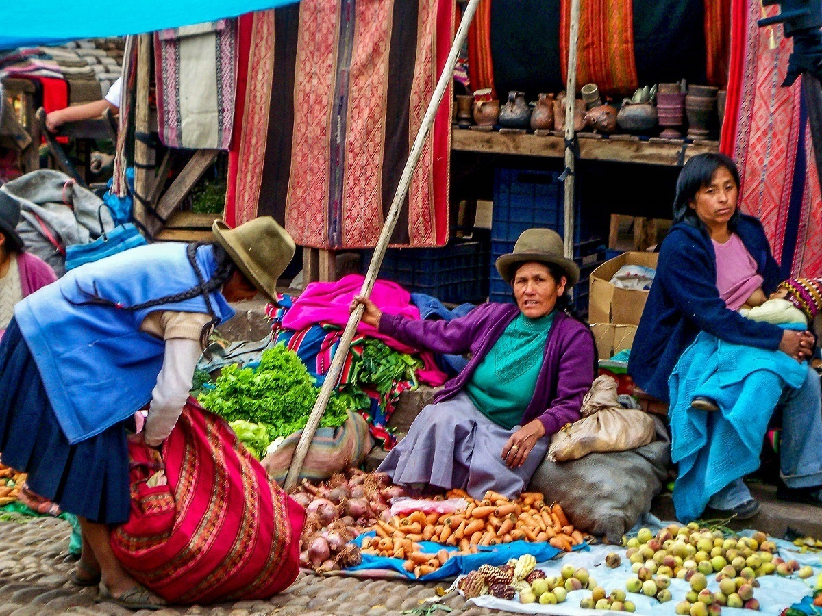 Vendors at the Sunday market in Pisac, one of the great places to visit in Peru's Sacred Valley