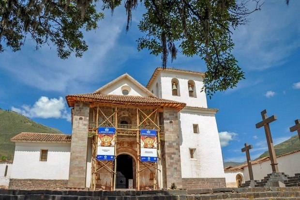 The outside of the 400-year-old Church of San Pedro of Andahuaylillas
