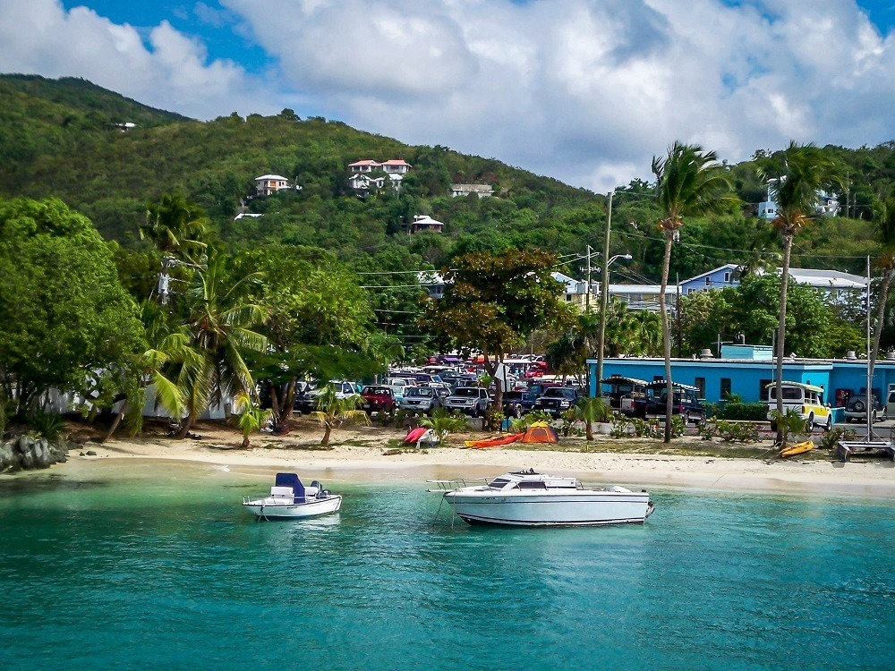 How to get to Trunk Bay from St Thomas