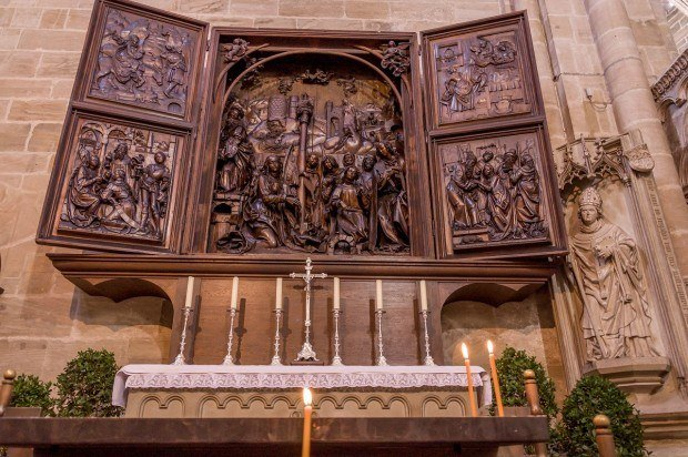 An altar inside the Bamberg Cathedral.
