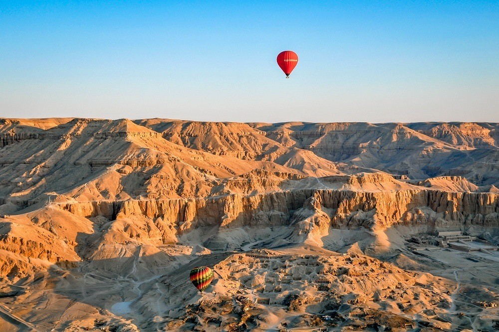 Hot air balloon Egypt over the Valley of the Kings