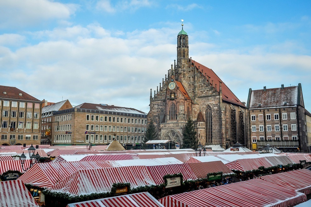 Frauenkirches and the main square of the Nuremberg Christmas market, Christkindlesmarkt