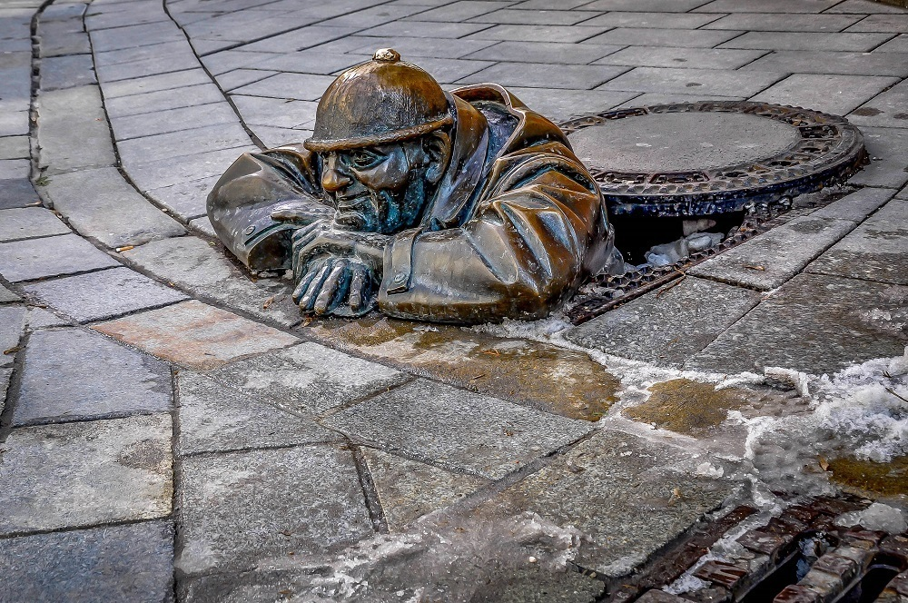 Manhole statue in Bratislava, Slovakia