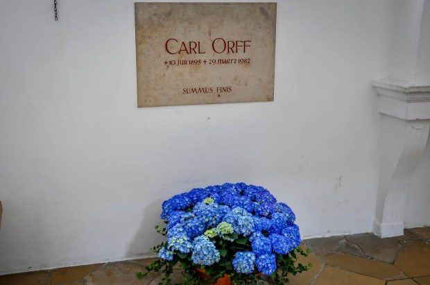 Grave of composer Carl Orff with bouquet