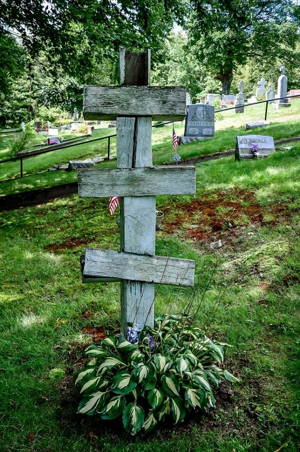 Cross in Centralia cemetery
