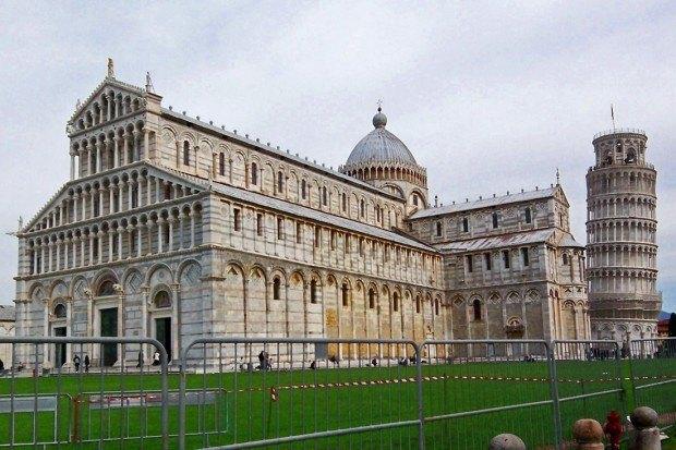 Piazza de Miracoli in Pisa, Italy
