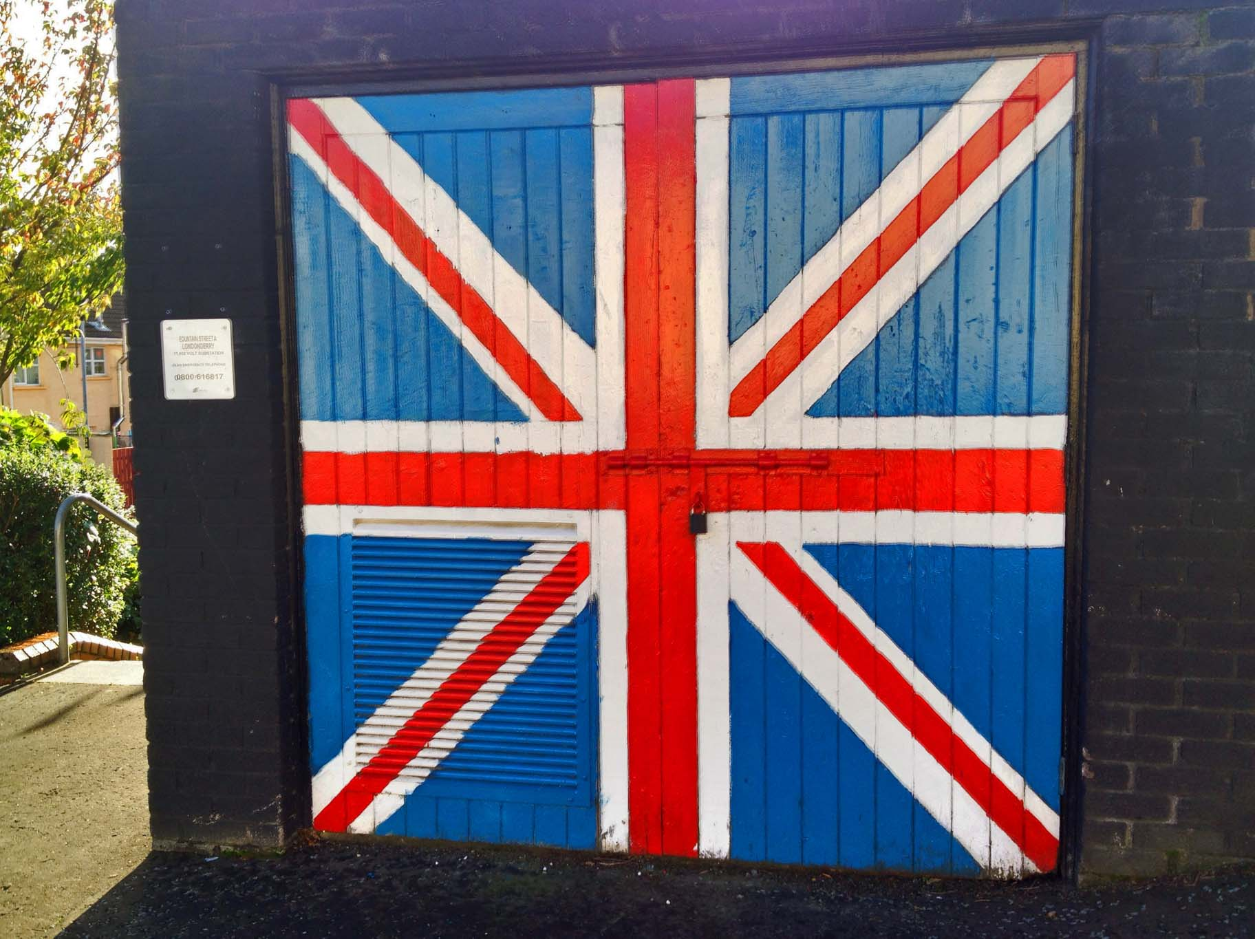 Union Jack painting on car garage