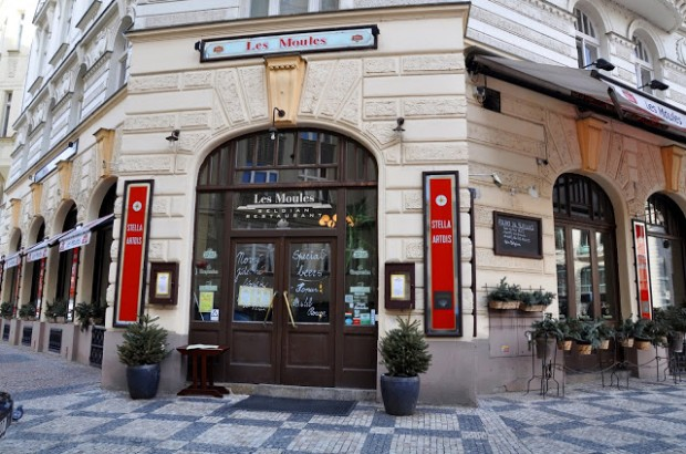 The restaurant Les Moules in Prague.