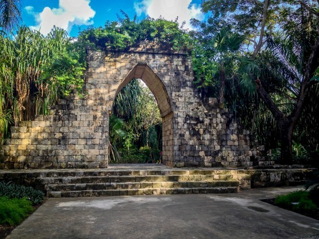 Replica Mayan ruins at Chankanaab National Park.  Visiting Chankanaab Park Cozumel is one of the top things to do in Cozumel on your own.
