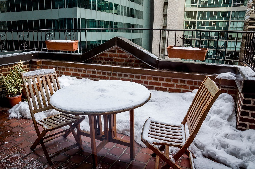 Outdoor patio at the Hotel Elysee NYC