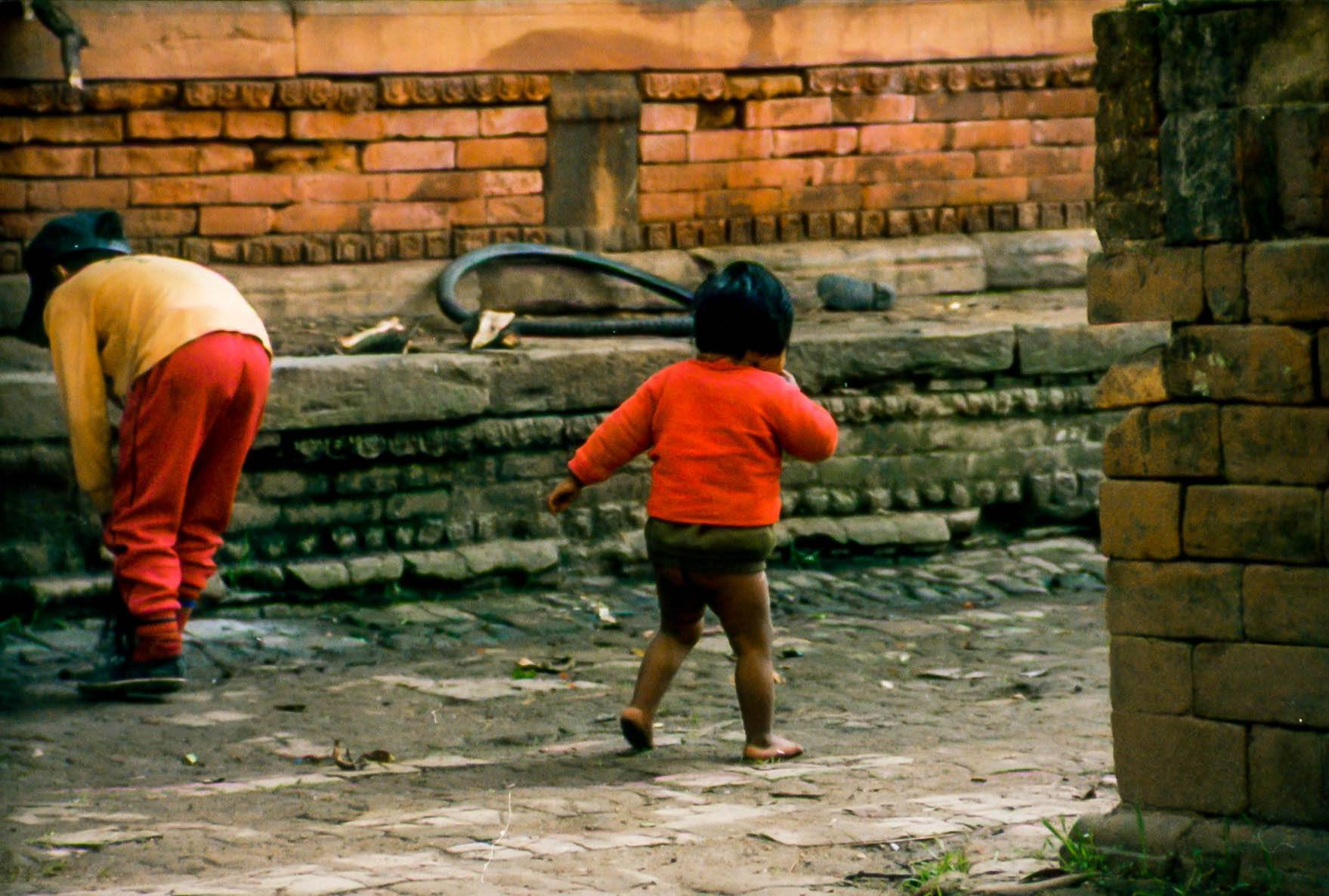 A child wandering the streets of Kathmandu during the Nepal Civil War.