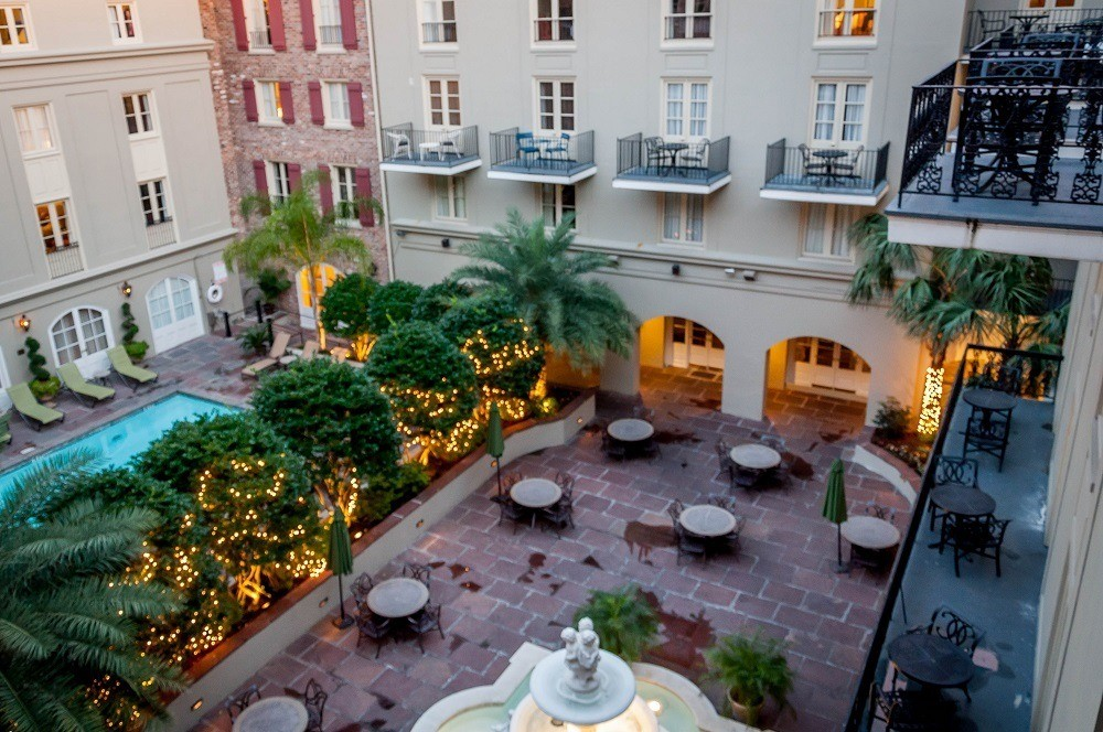 The Courtyard at the Maison Dupuy, one of the best hotels in New Orleans French Quarter. The Maison Dupuy hotel reviews are excellent and this is one of our favorite hotels near Bourbon Street.