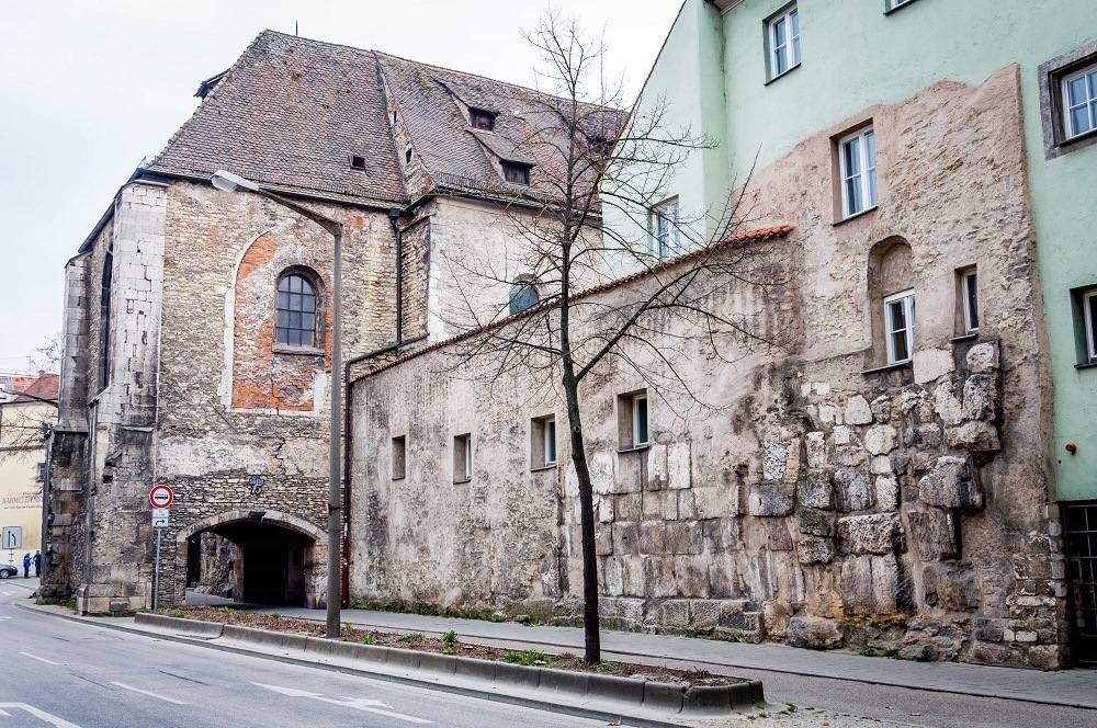 Old Roman fortifications along the Danube have been  incorporated into modern city walls