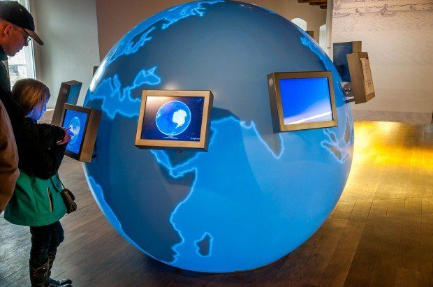 An interactive exhibit inside The UNESCO World Heritage Visitor Centre Regensburg, located inside the Bridge Museum