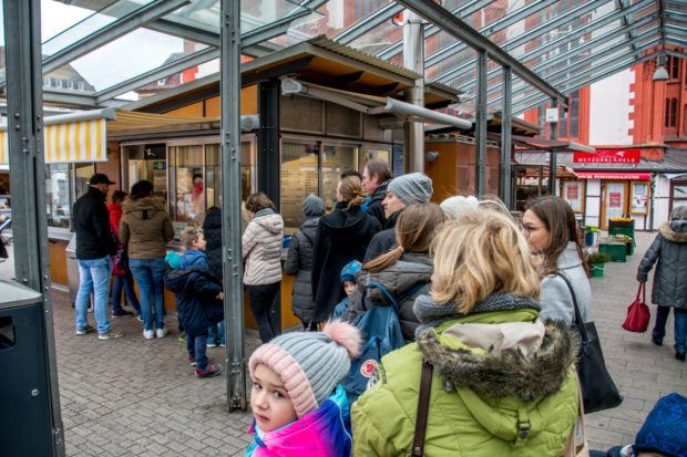 One of the best restaurants in Wurzburg is actually a snack kiosk.  We joined the line of locals at the Bratwurststand Knüpfing for their bratwurst.