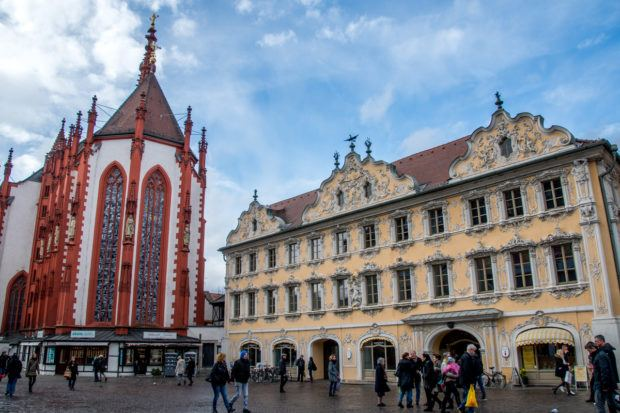 The yellow Falkenhaus is one of the most beautiful buildings in Germany and houses the city's Tourist Information office.