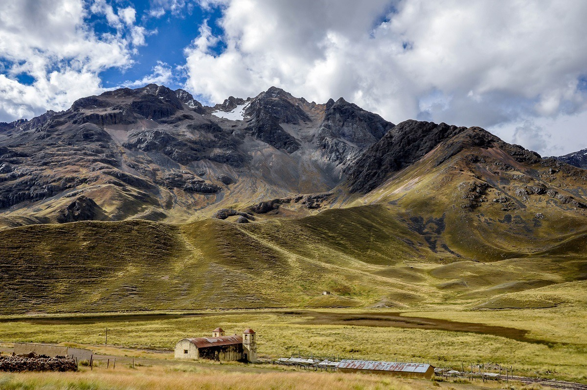 La Raya Pass on the drive from Cusco to Puno, a lovely sight on a Peru trip itinerary