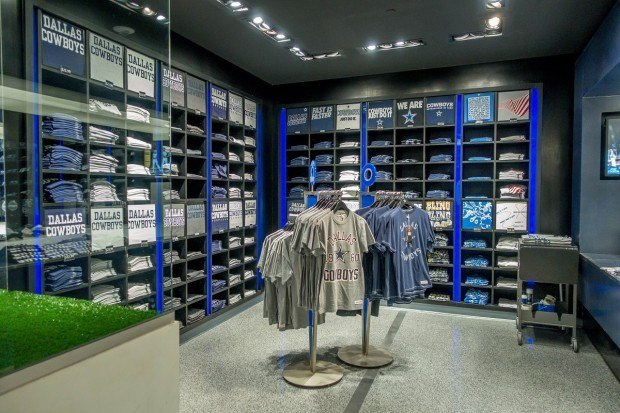 Gift shop on one of the Dallas Cowboys AT&T Stadium tours