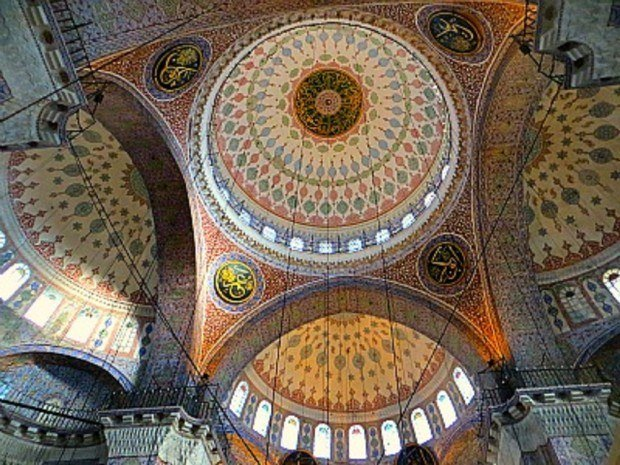 Boomeresque_Blue-mosque-ceiling