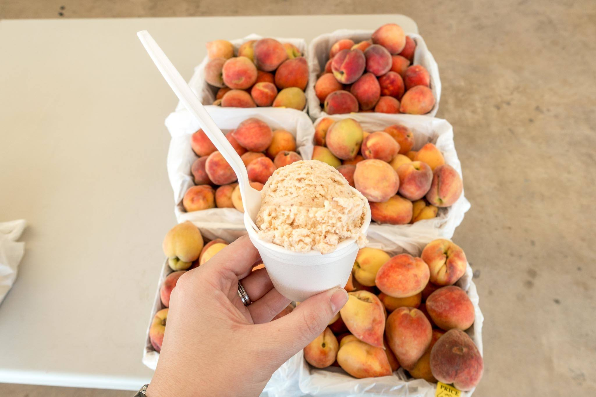 Fresh peaches and peach ice cream in Fredericksburg, Texas