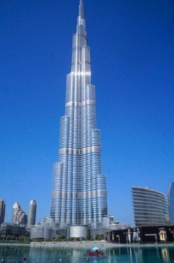 WithHusbandInTow_Burj-Khalifa-11
