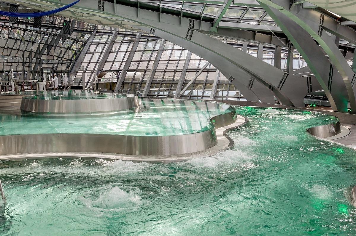 The futuristic INUU spa in Andorra.