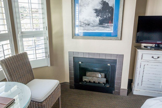 Each room at the Sand Pebbles Inn in Cambria has a fireplace and a TV.