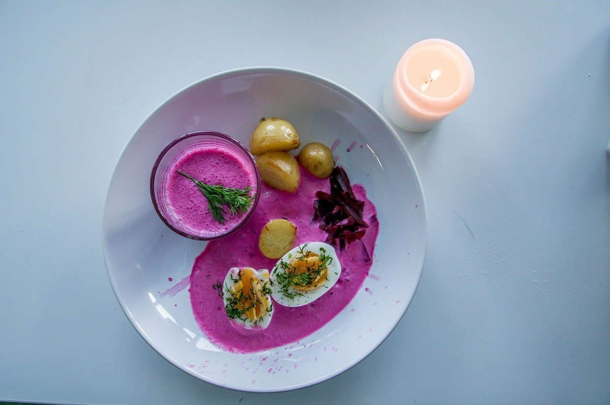 Beet soup with potatoes and hard boiled egg
