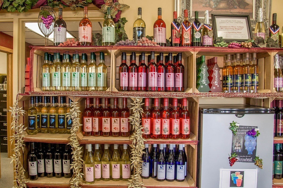 Arrowhead Wine Cellars in North East Pennsylvania specializes in sweet and fruit wines & A Wine Weekend in Lake Erie Wine Country - Travel Addicts