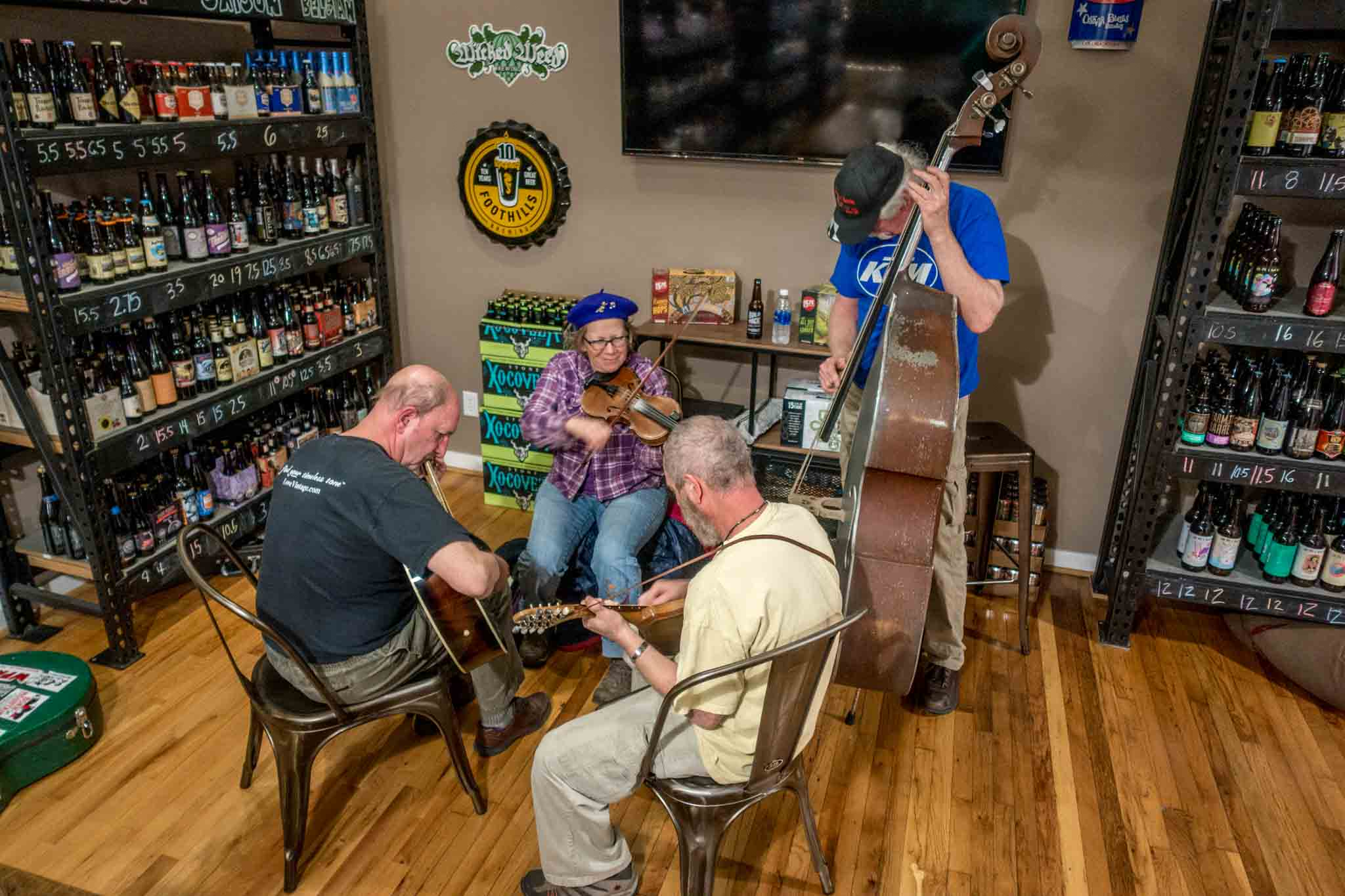 Jam session at White Elephant Beer Company