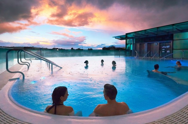 The open-air rooftop pool at the Thermae Bath Spa.
