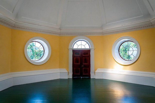 Inside one of Monticello's octagonal rooms