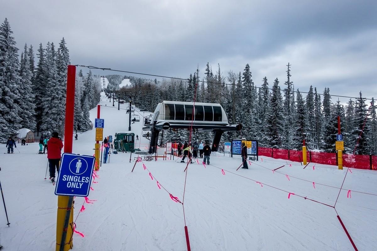Short lift lines at Ski Santa Fe in New Mexico