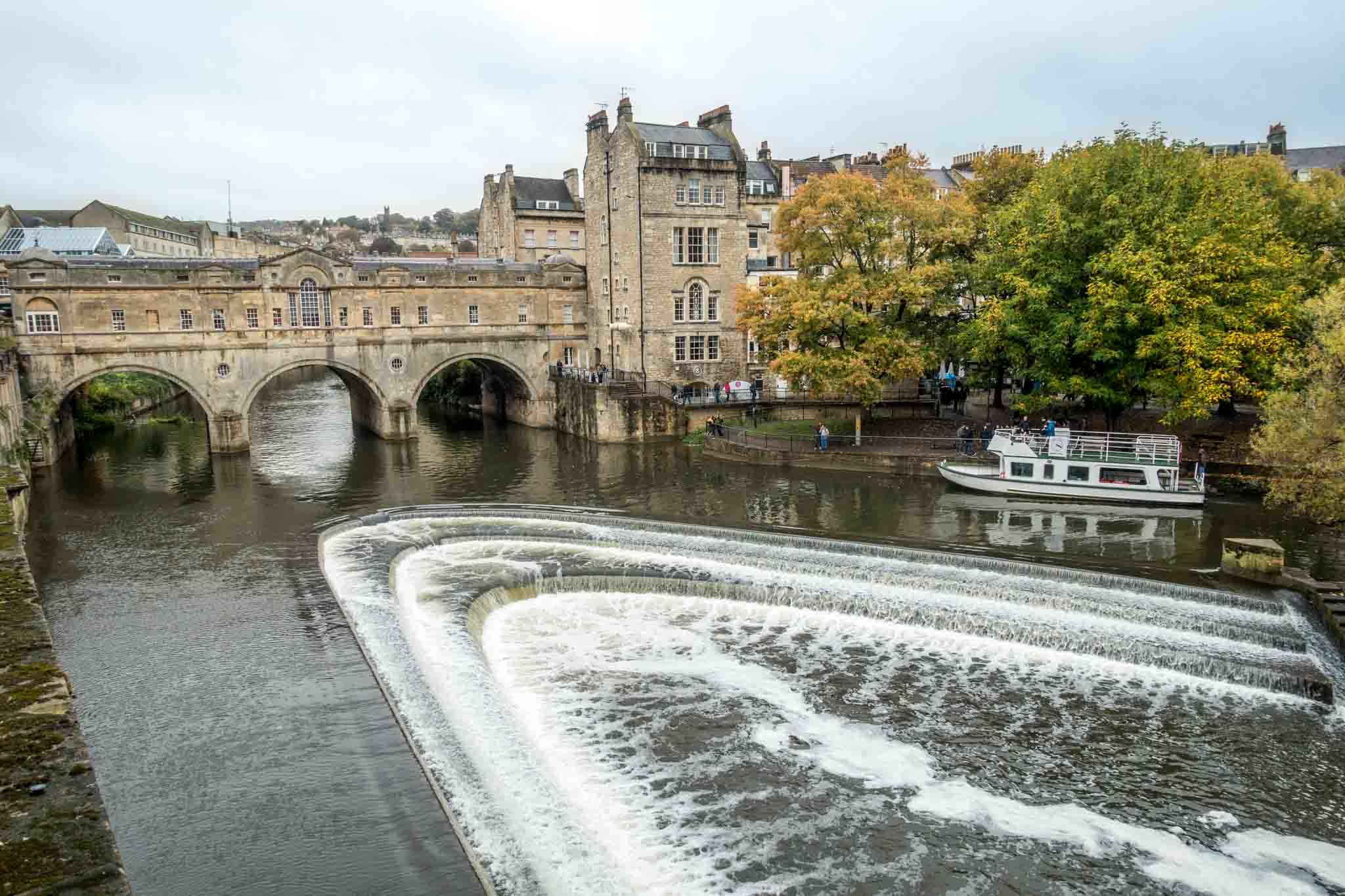 Shop on the unique Pulteney Bridge during your weekend in Bath England