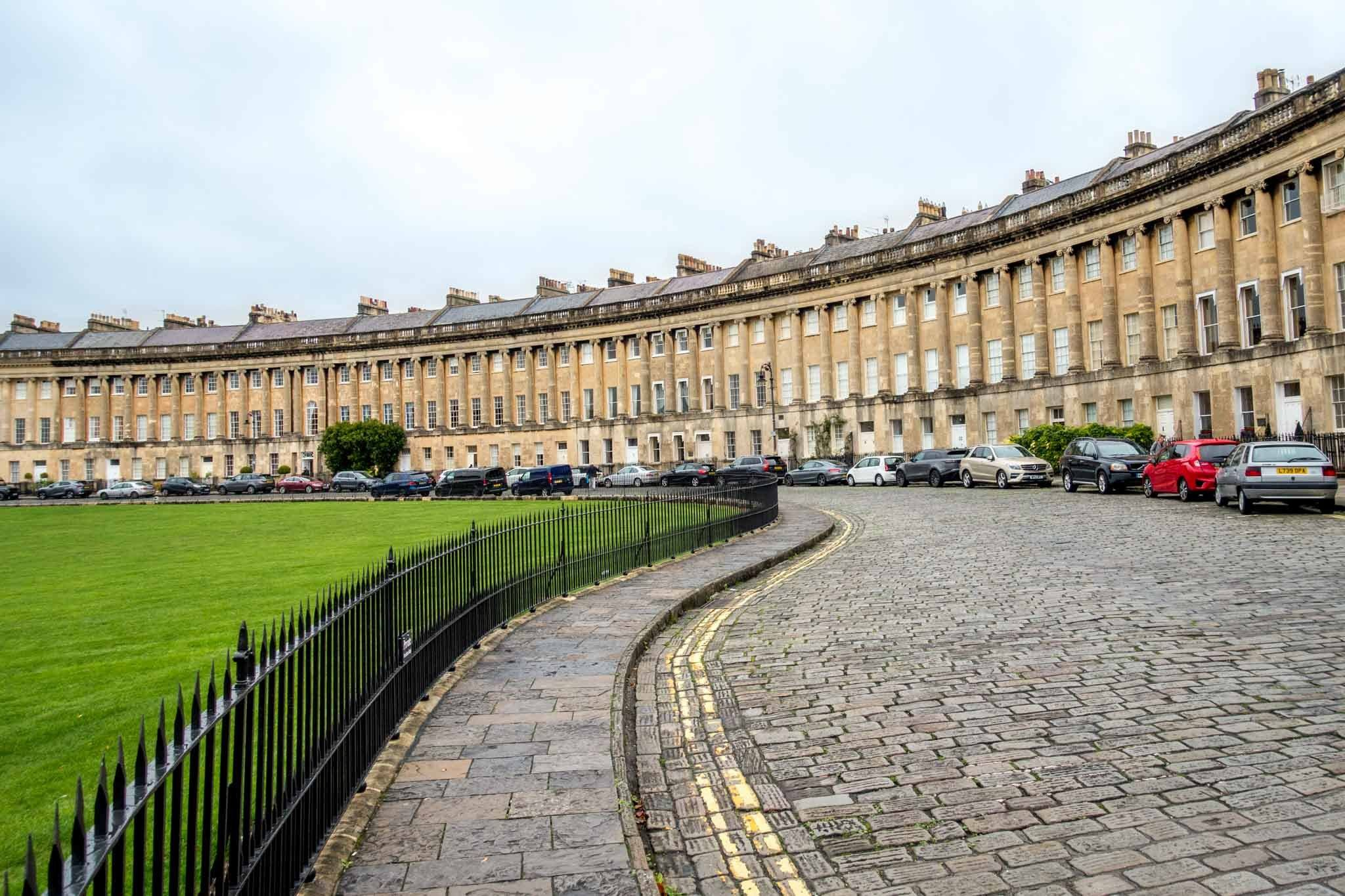 The Royal Crescent is where to see gorgeous Georgian architecture