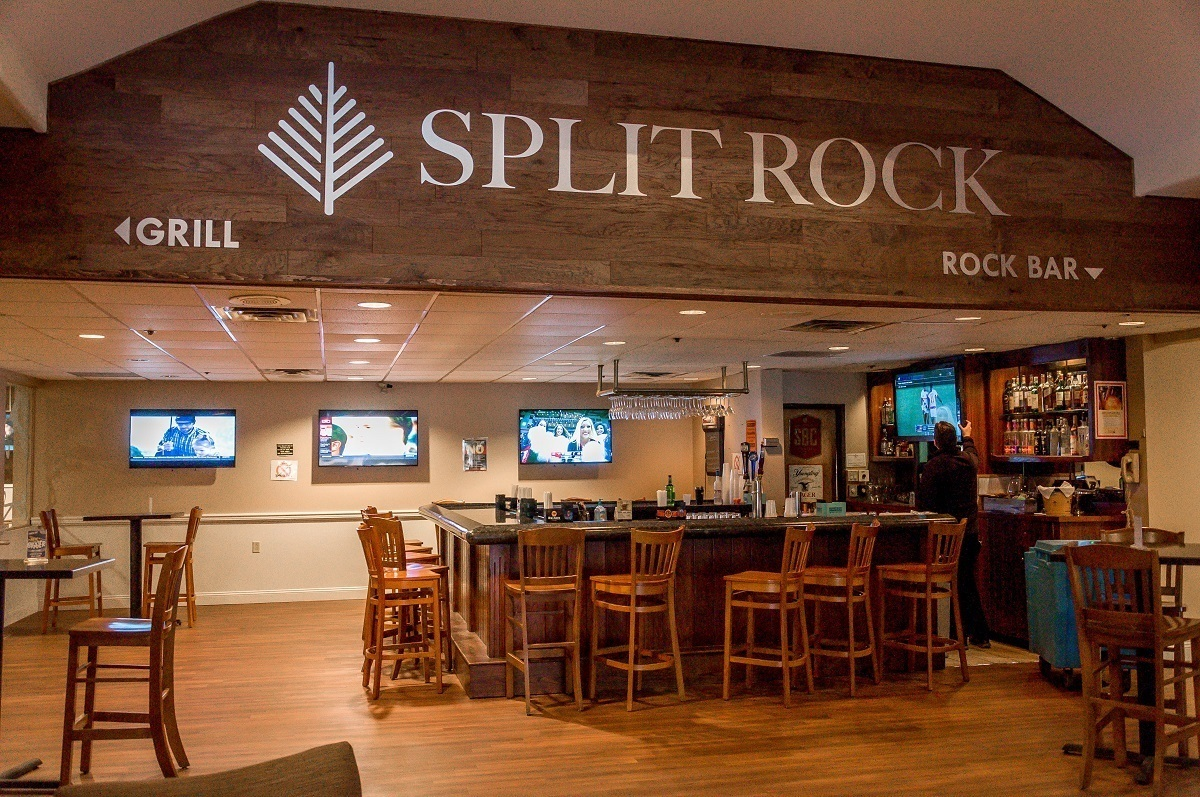 The Rock Bar at the Split Rock Resort.