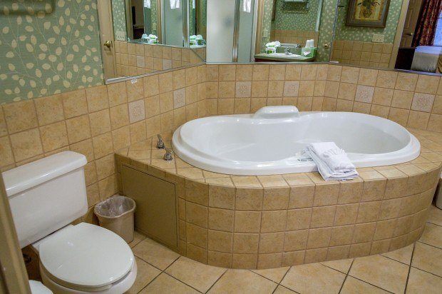 The Jacuzzi tub in the Bathroom at the Split Rock Resort.