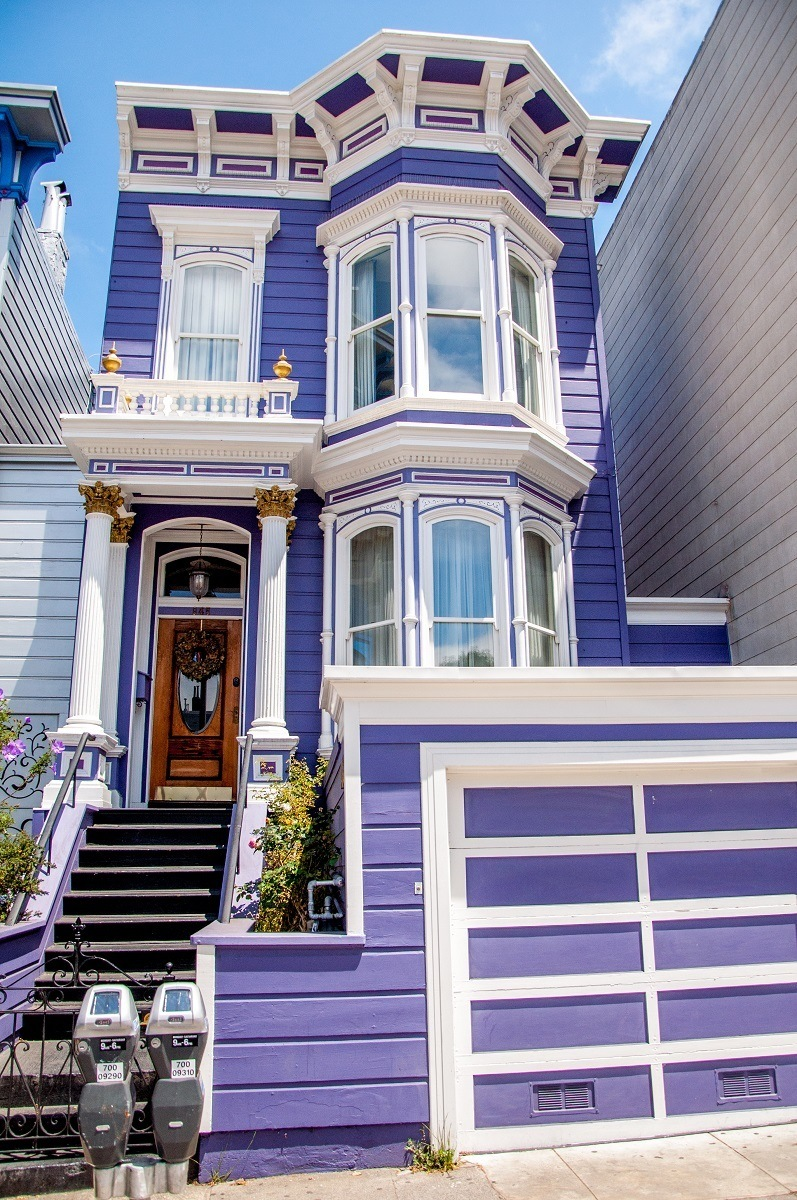 Purple Victorian home in the SFMission