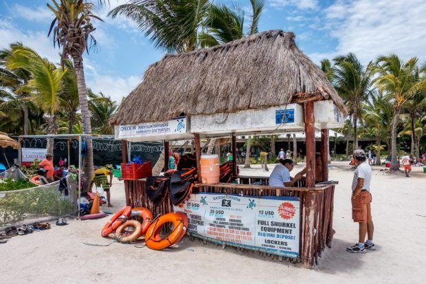 One of the many places on Akumal beach to rent snorkel gear or life jackets for Akumal Bay snorkeling