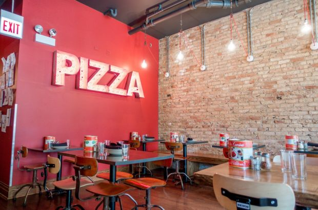 Coalfire Pizza in Chiacgo is just one of the places you could visit on a Chicago pizza tour
