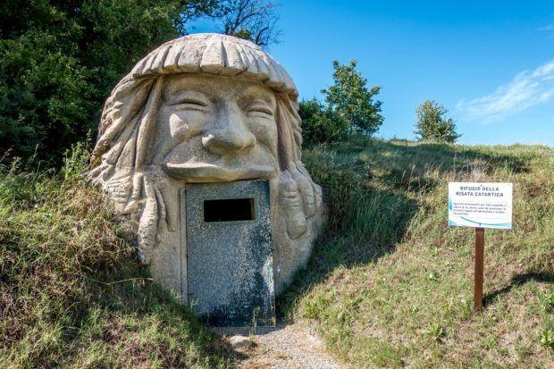 The laughing chakra room at Villaggio della Salute Piu, a spa in northern Italy