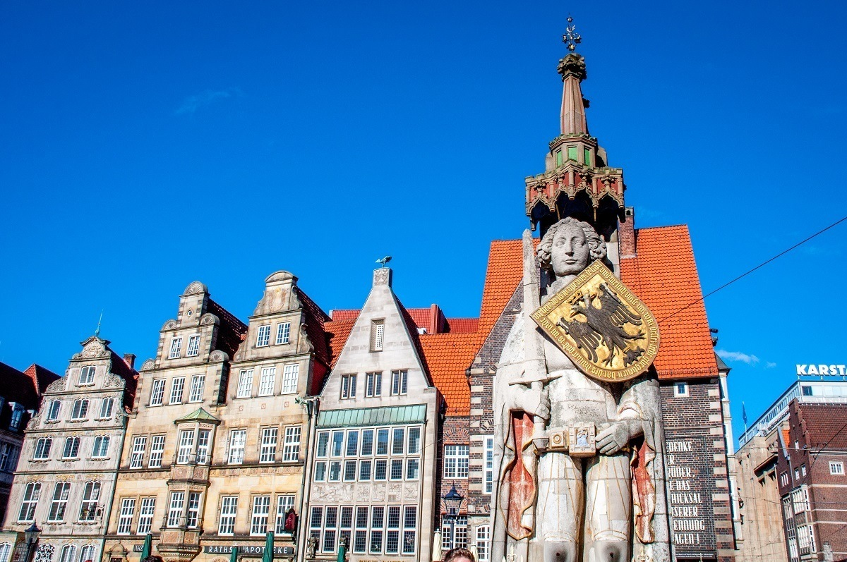 Bremen Roland, statue of a man with a shield, and buildings in the Bremen market square