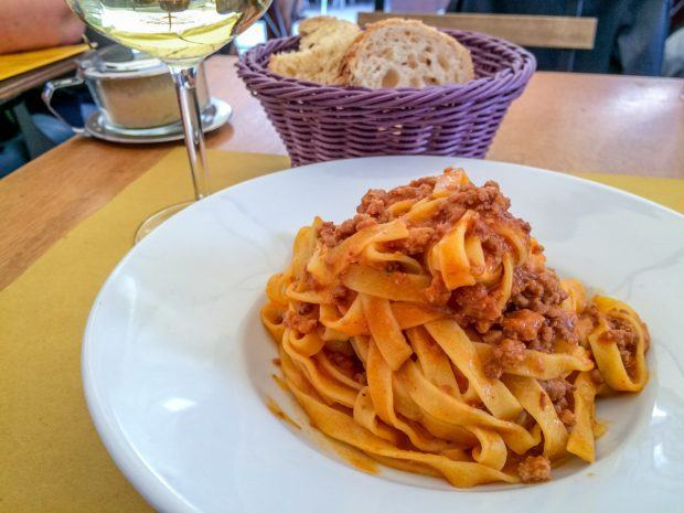 Tagliatelle al ragu is one of the traditional foods to try in Bologna