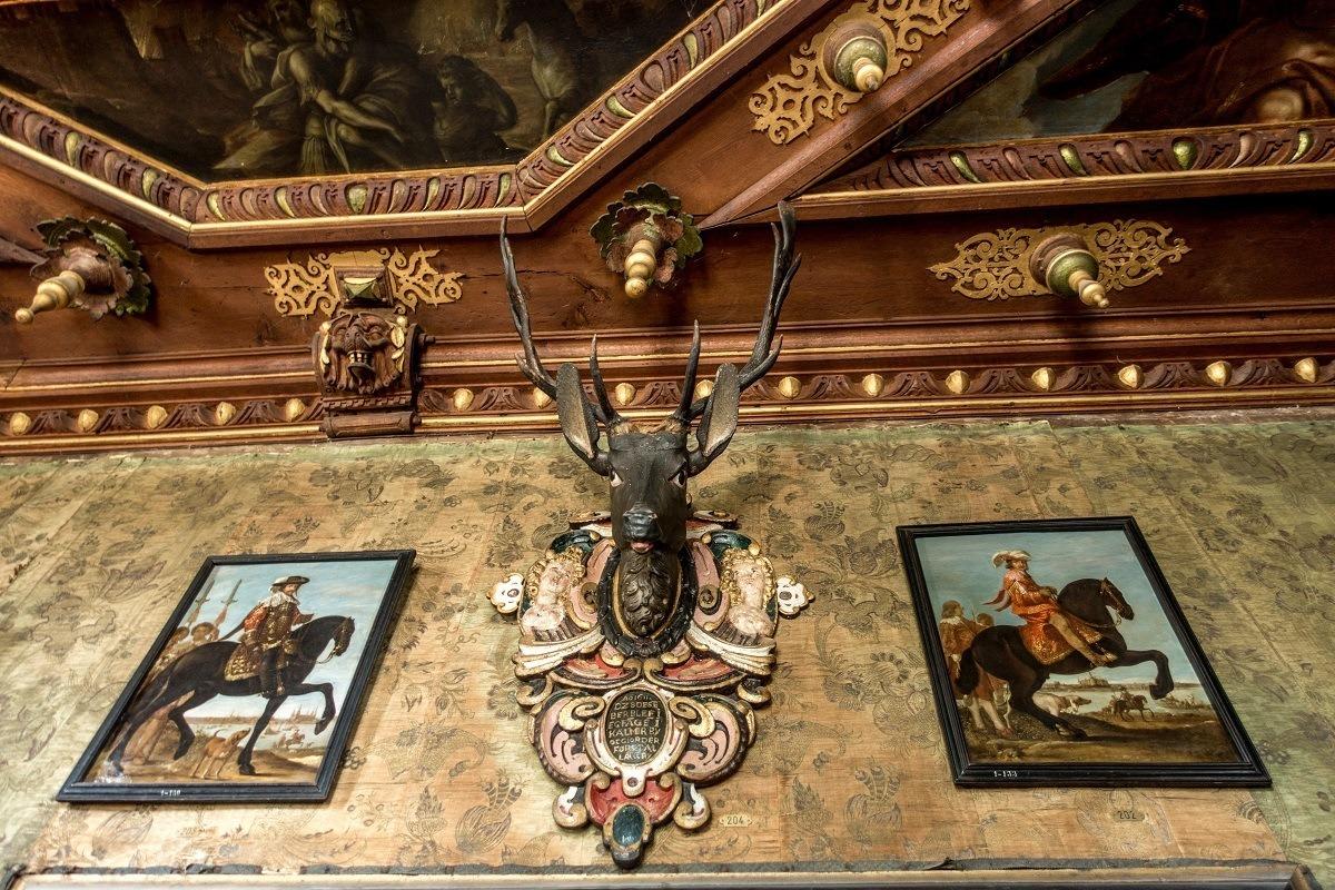 Outdoor-themed decorations in Copenhagen's Rosenborg Castle