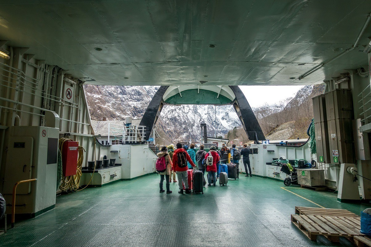 People disembarking a ferry in Gudvangen