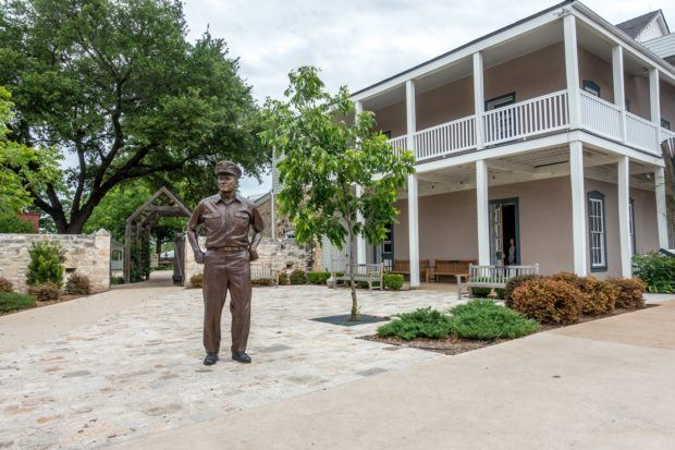Statue of Admiral Nimitz outside the Nimitz Museum