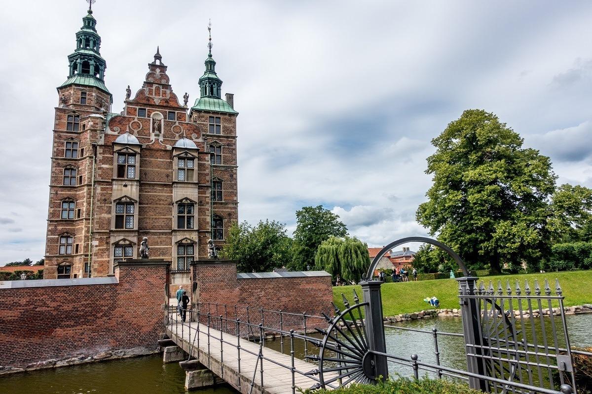 Rosenborg Castle is what to see in Copenhagen in 3 days
