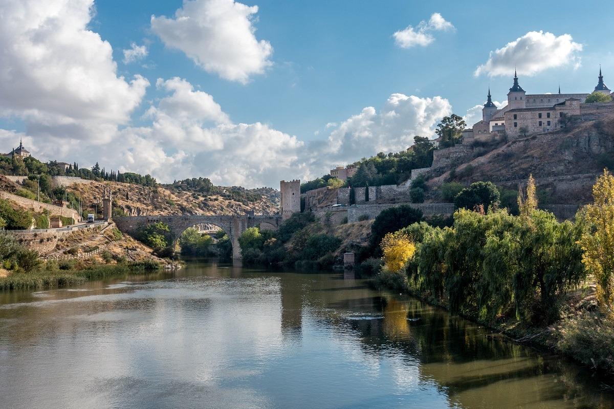 Bridge across river in Toledo